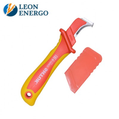 Нож для снятия изоляции с пяткой и  частично изолированным лезвием  1000В SHTOK